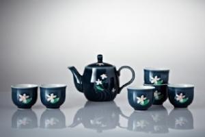 歡喜桐花茶具組 (礦藍彩釉/一壺+六杯)